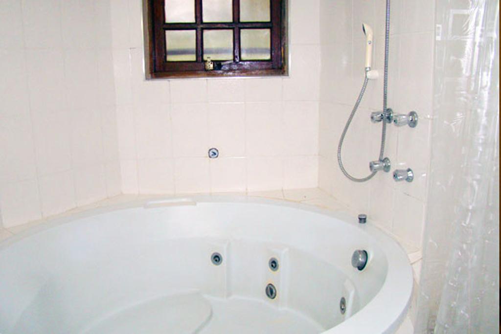 Banheiro Pousada Alpenhaus