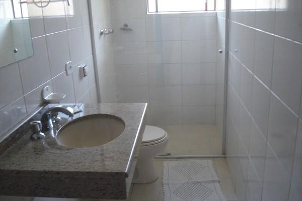 banheiro-pousada-araucária-campos-do-jordao-02-1.jpg