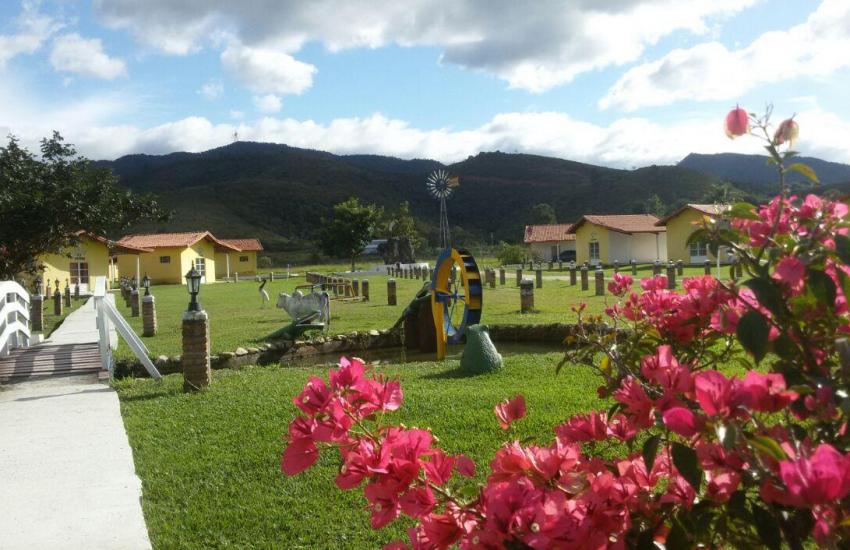 hotel-fazenda-pé-da-serra-1