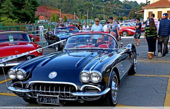 Encontro de Carros Antigos Fundação Lia Maria Aguiar