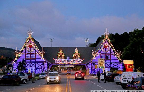 Atrações de Natal encantam púbico em Campos – Veja Fotos e Vídeos