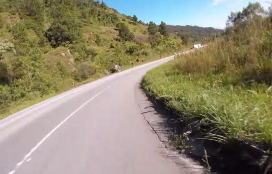 Subindo a Serra de Campos do Jordão de Bike