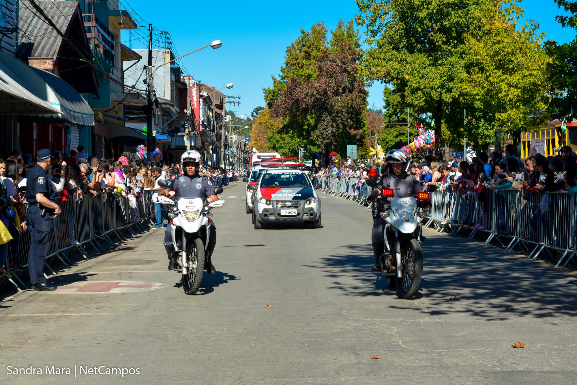 desfile-civico-campos-do-jordao-7