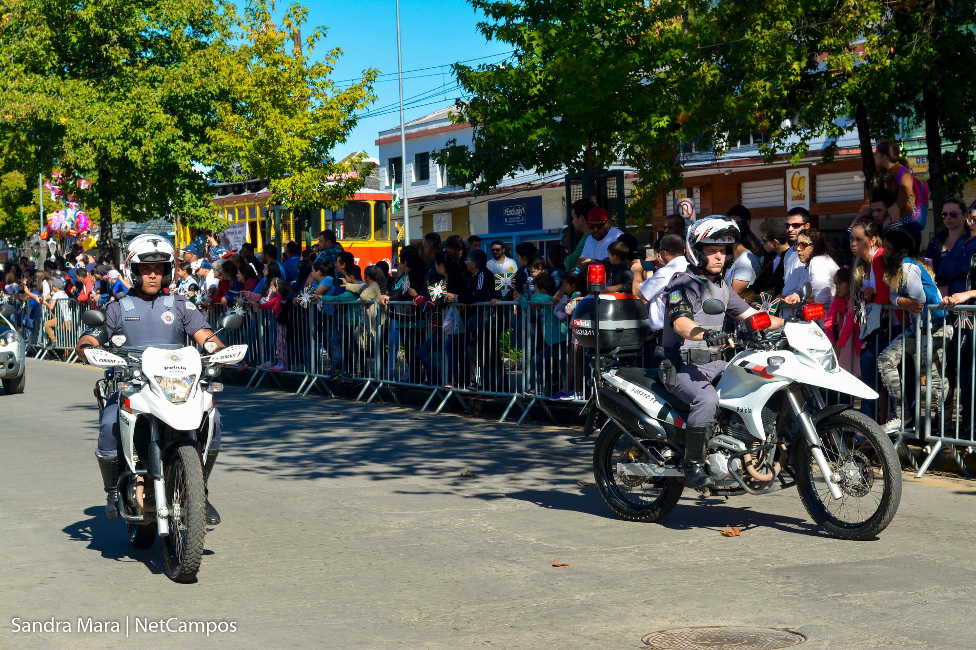 desfile-civico-campos-do-jordao-8
