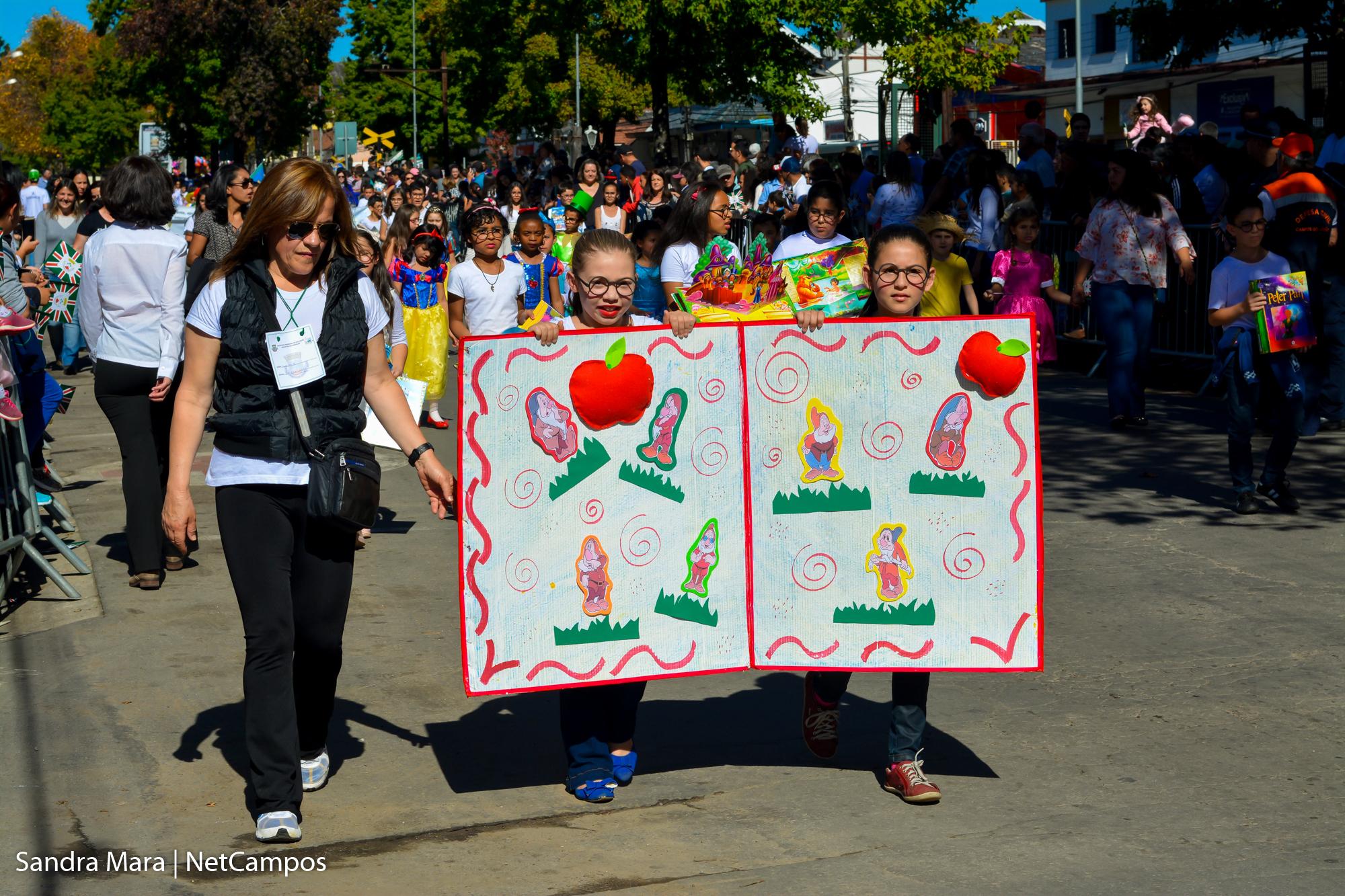desfile-civico-campos-do-jordao-47