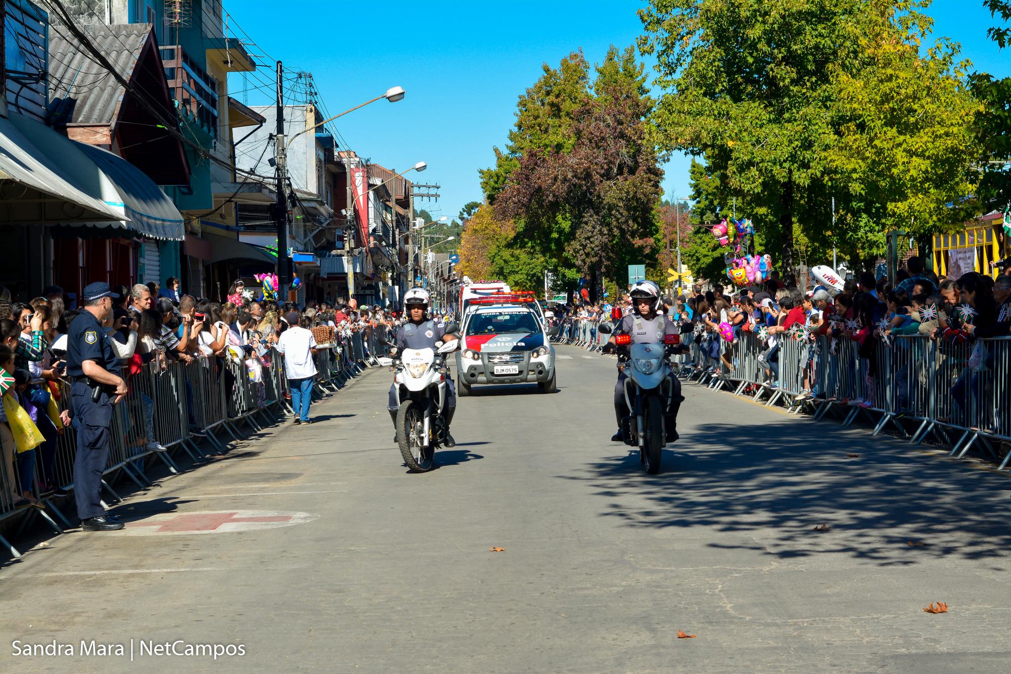 desfile-civico-campos-do-jordao-5