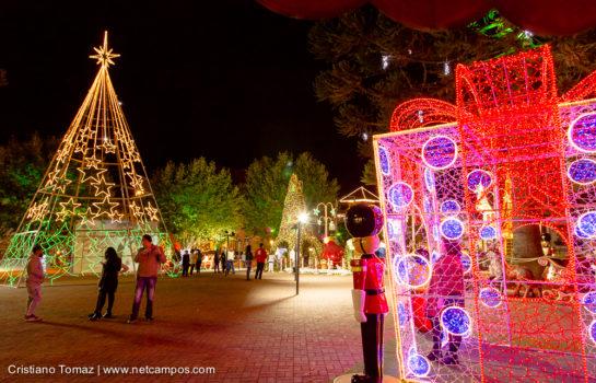 Apresentações Musicais de Natal acontecem na Praça em Campos do Jordão