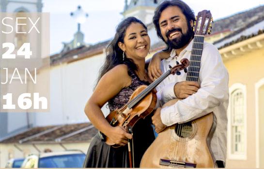 Duo de Violão e Violino toca no Museu Felícia Leirner em Campos do Jordão