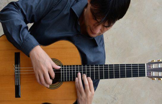 Recital com violonista Glauber Rocha é atração sábado em Hotel de Campos do Jordão