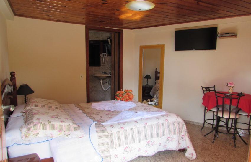 pousada-heron-suite-campos-do-jordao-07