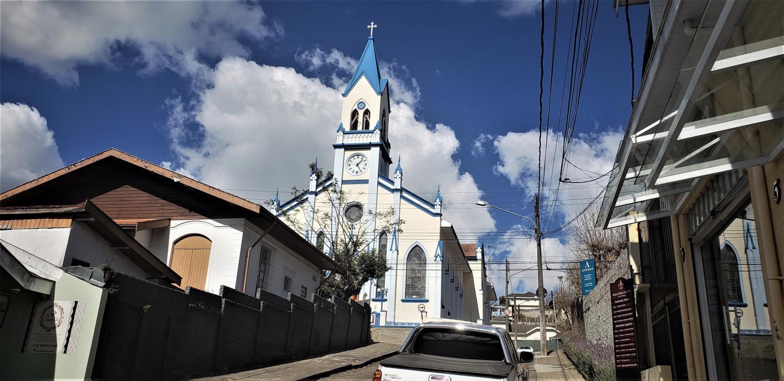 igreja_santa_teresinha_01