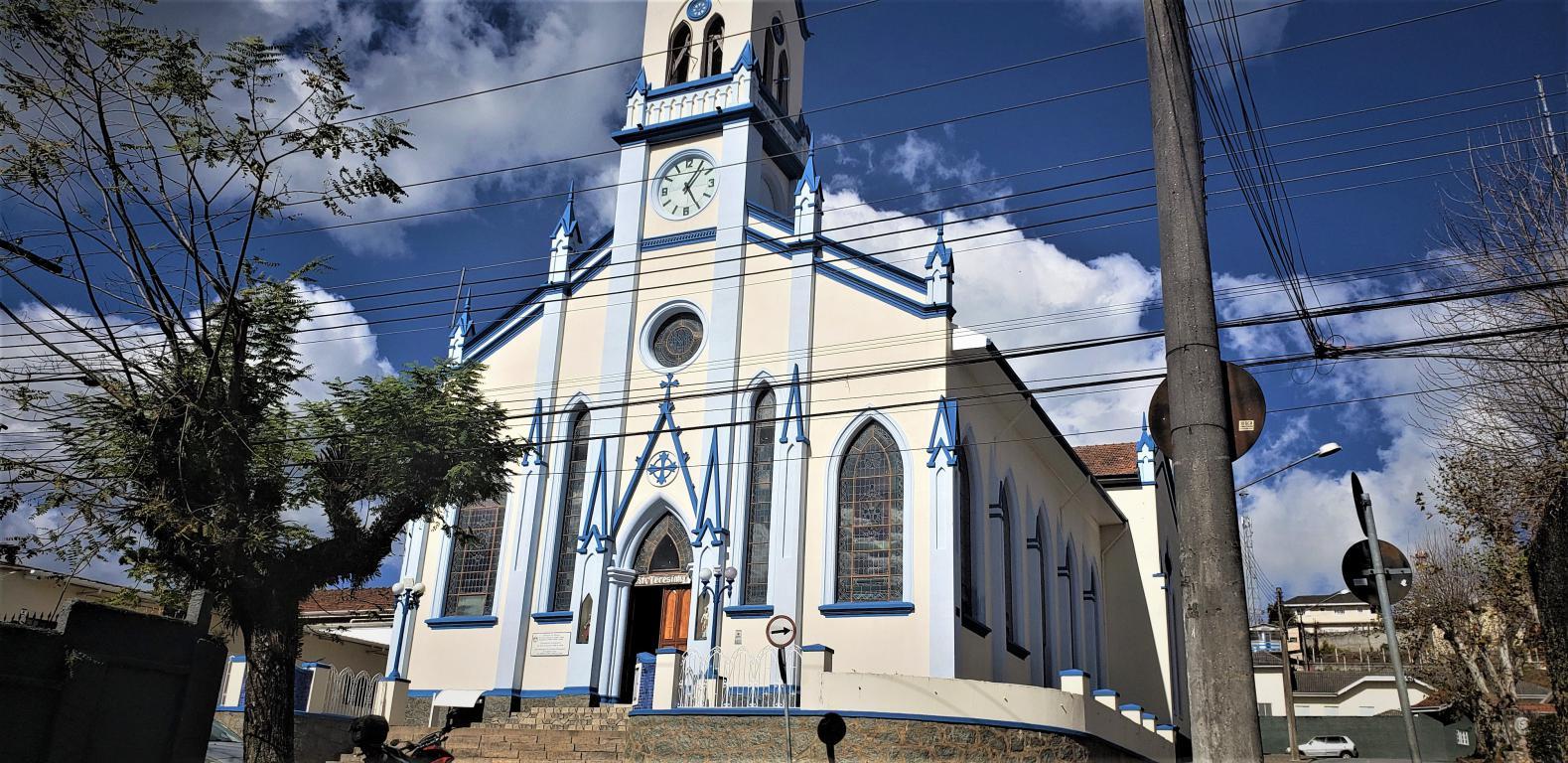 igreja_santa_teresinha_02